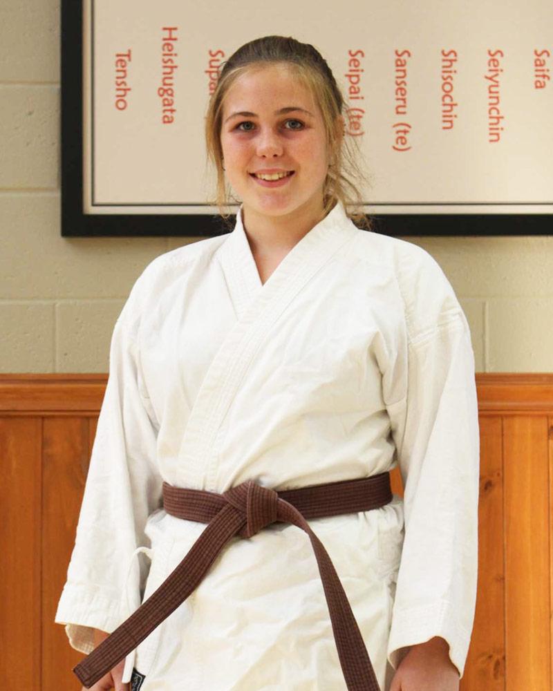 Corinne Archambault, instructeur - Écoles de karaté Sankudo
