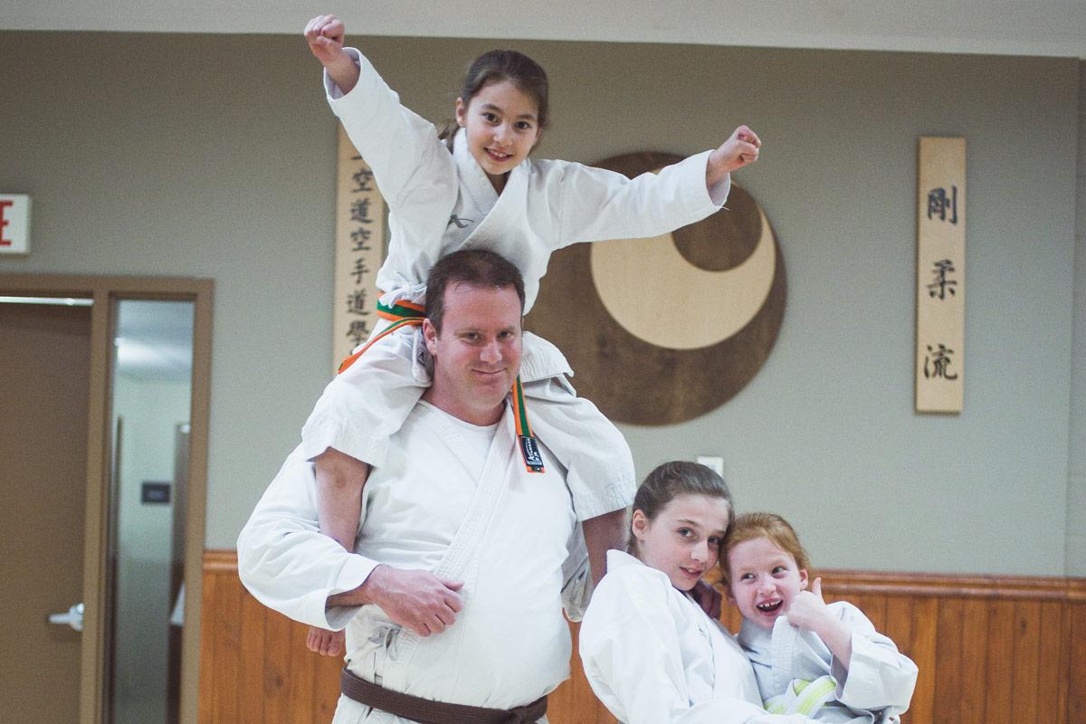 Cours - Parents-Enfants - Écoles de karaté Sankudo