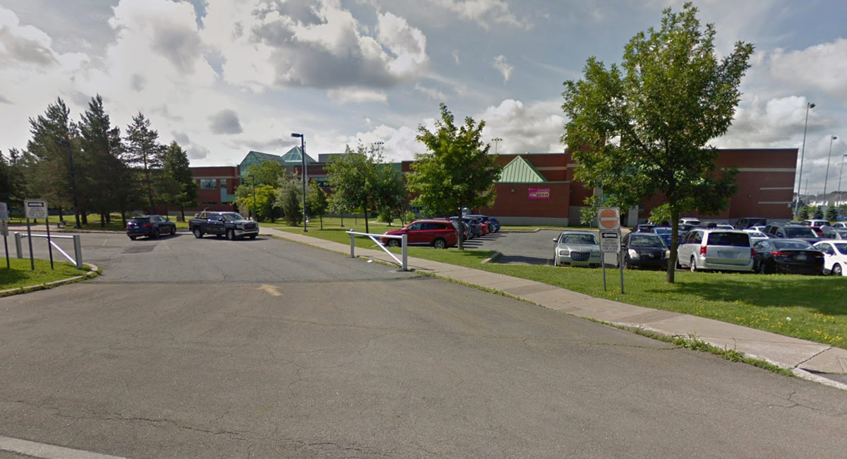 École secondaire du Grand-Coteau - Ste-Julie - Écoles de karaté Sankudo